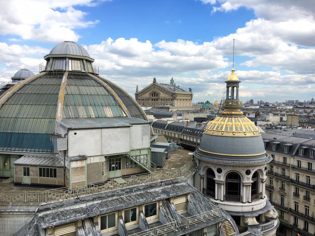 Sous le ciel de Paris 4