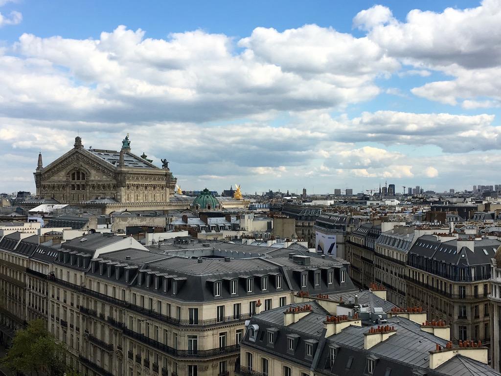 Sous le ciel de Paris 5