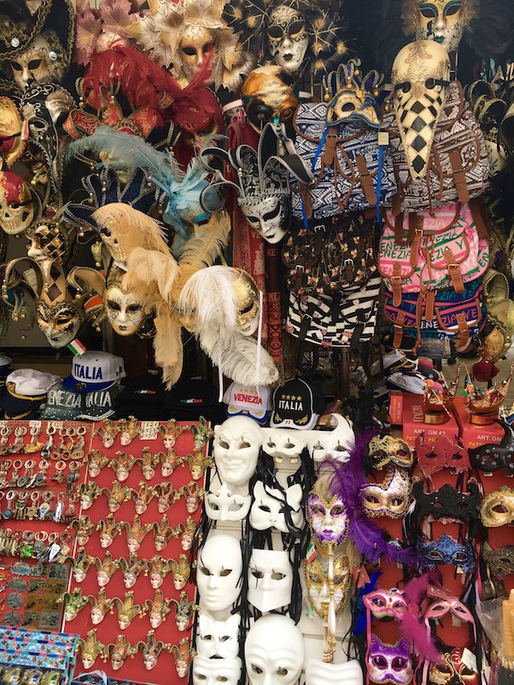 behind-the-mask-venice
